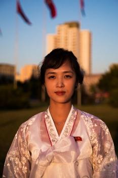 На время праздников и по другим особым случаям северокорейские женщины надевают традиционные наряды.